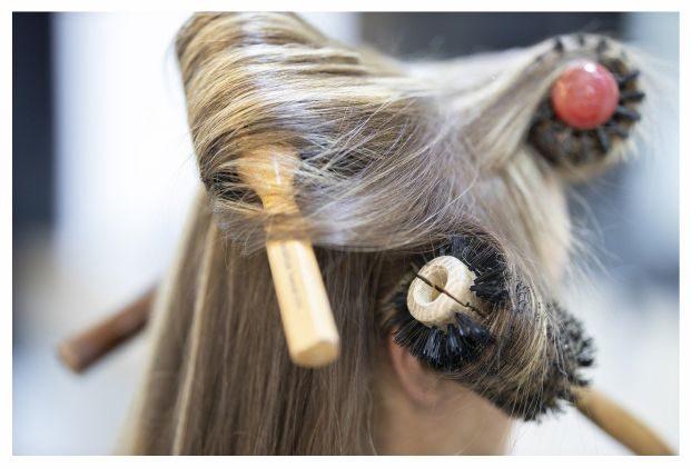 Hair-Brush-Salon-Natural-Healthy-Hair
